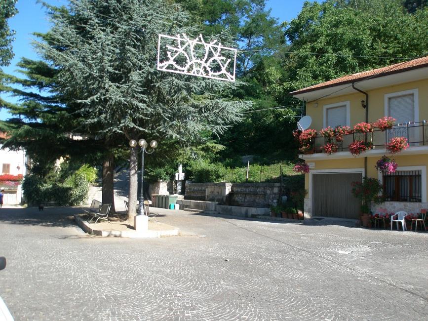 Piazza Fonte Vecchia